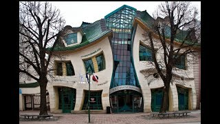 STRANGEST BUILDING IN THE WORLD / CROOKED HOUSE IN POLAND