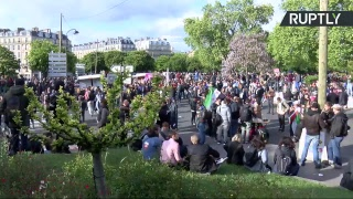 La manifestation «contre le fascisme et le capitalisme» dégénère à Paris (Direct du 1.05)
