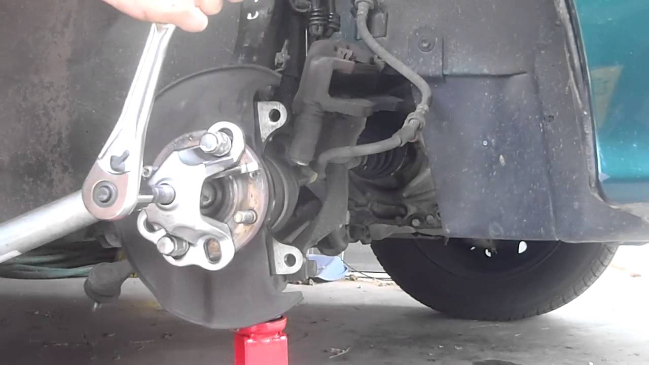 8/21 Front Wheel Bearing Replace (Removing Spindle) - YouTube