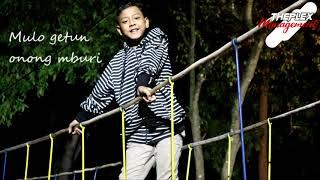 Download lagu Daeren Okta - Bengkung (Official Lyric)