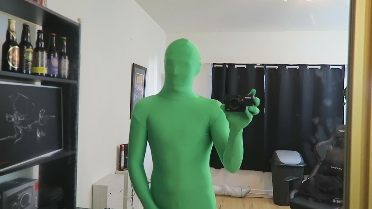 GREEN SCREEN GHOST PRANK!