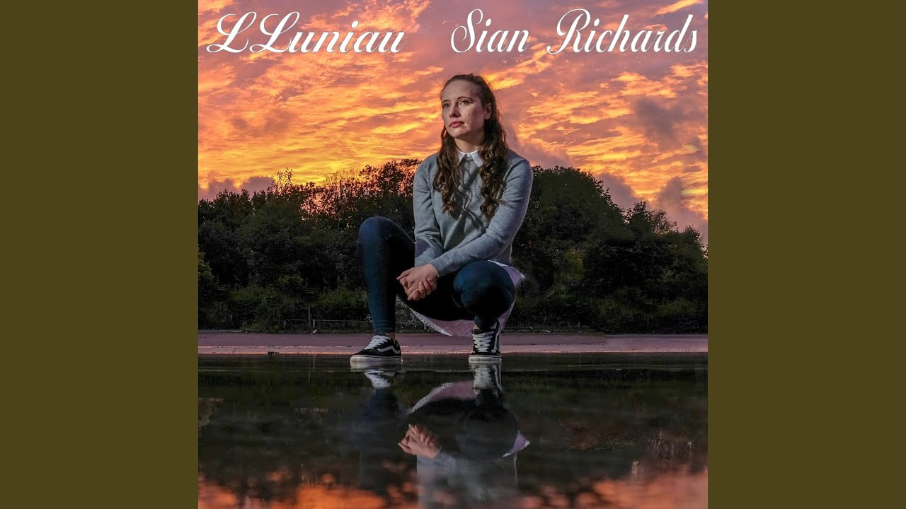 "Sian Richards ""Lluniau"" Single Review"