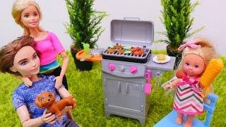 #kuklaoyunu. Barbie ailesi yeni barbekü siparişi veriyor. #kızoyuncakları