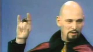 Anton Lavey Sign of the curse