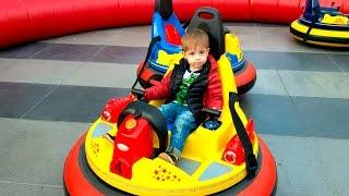 Парк Катаемся на катамаране Детские аттракционы/Park Ride on a catamaran Children's attractions(, 2016-04-12T05:17:19.000Z)