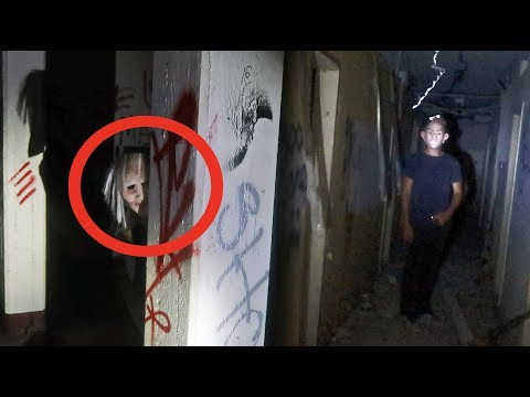 3AM HIDE AND SEEK in INSANE ASYLUM (WEARING MASKS)