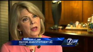 Mayor Stothert, Omaha Police Officers Association at odds over city's contract offer