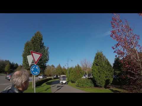 Europa park : Der Weg von dem Wiesen Parkplatz zum Haupteingang # 1