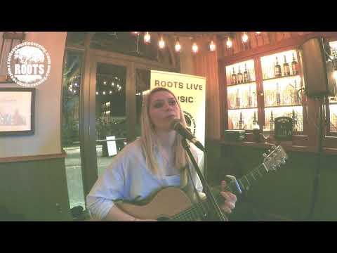 Mollie Ralph - Original Song (Love Me Now) Nottingham music - roots live music