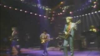 Hall & Oates - Intro/Family Man (Live 1983)