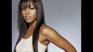 Watch Amerie Paint Me Over video
