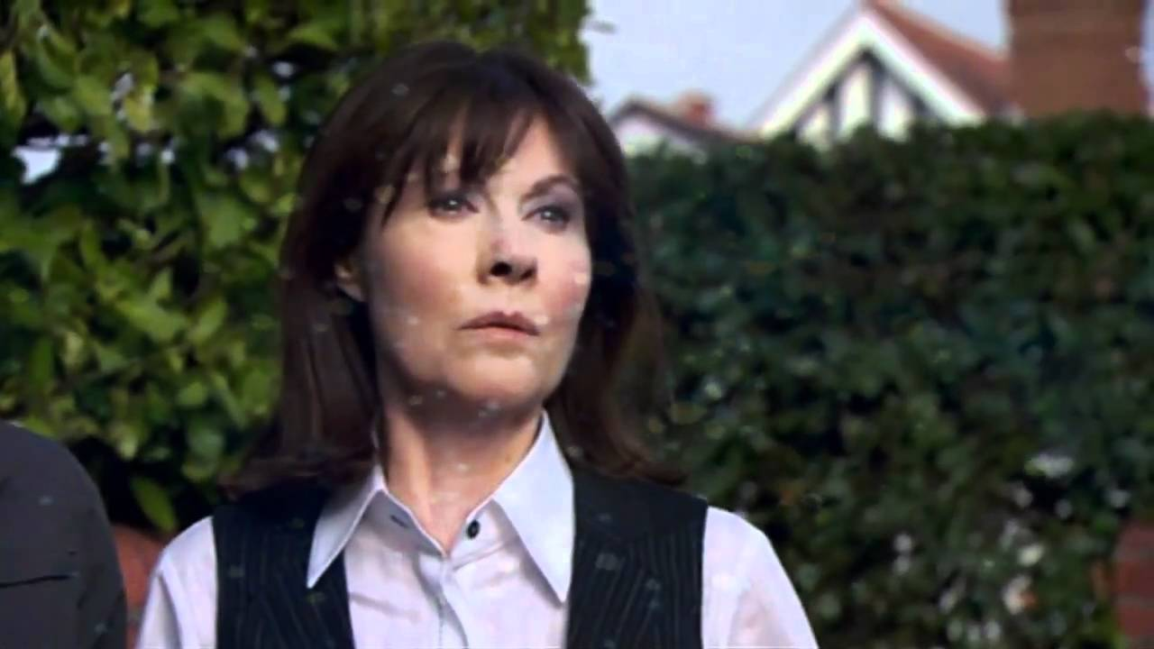 Image result for elisabeth sladen sad