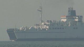 видео В Керченском проливе наблюдается пробка