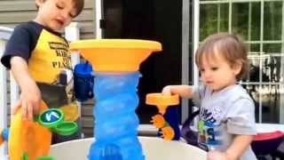 Video Review: Little Tikes Spiralin' Seas Waterpark Play Table