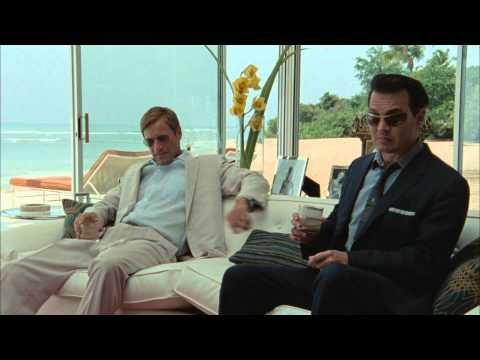 The Rum Diary  MovieWeb Exclusive s with Aaron Eckhart and Michael Rispoli and Giovanni