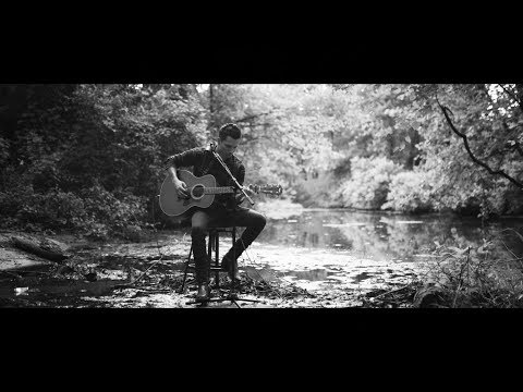 "Devin Dawson - ""God's Country"" (Acoustic)"