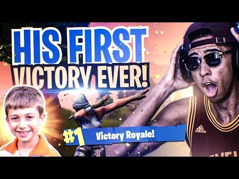 HELPING 8 YEAR OLD KID (JOEY) WIN HIS *FIRST GAME* EVER!  Fortnite Battle Royale