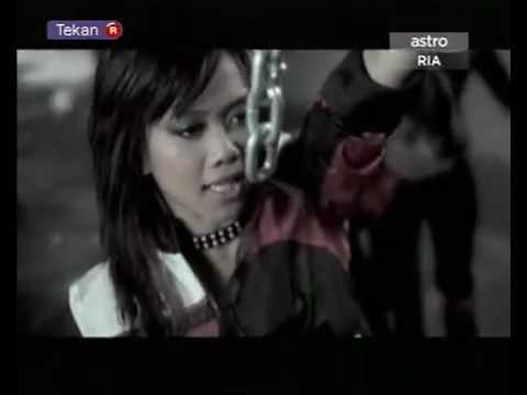 (stacy ft adam) menggegar dunia-with lyrics