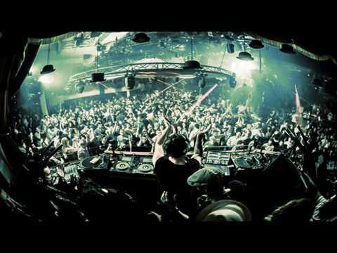 PACHA IBIZA - DJ LUCIANO  (summer 2016)