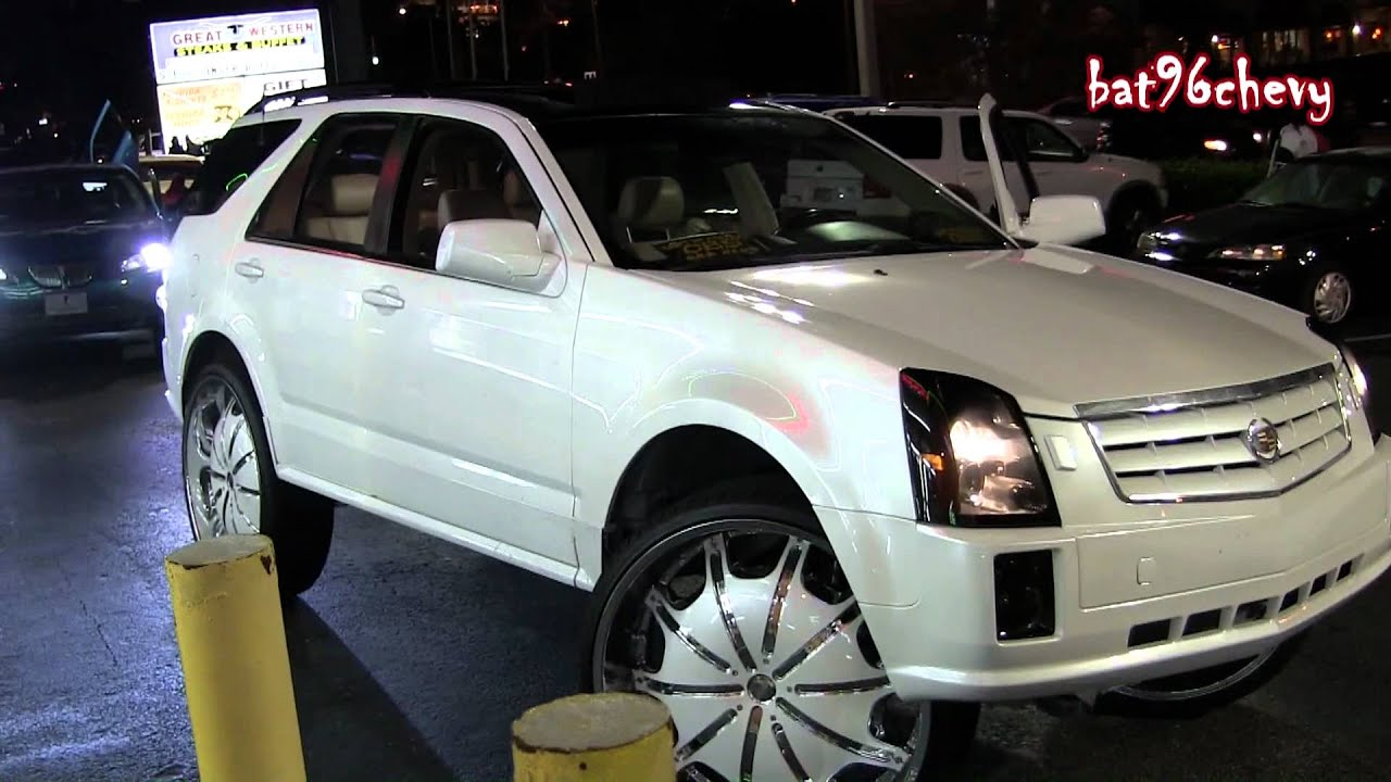 Car Tail Lights >> Pearl White Cadillac SRX Truck on Rockstarrs 30's in
