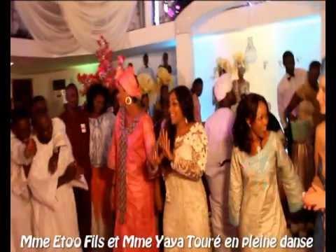 ... Etoo et Yaya Touré font le show au mariage de Kolo Touré - YouTube