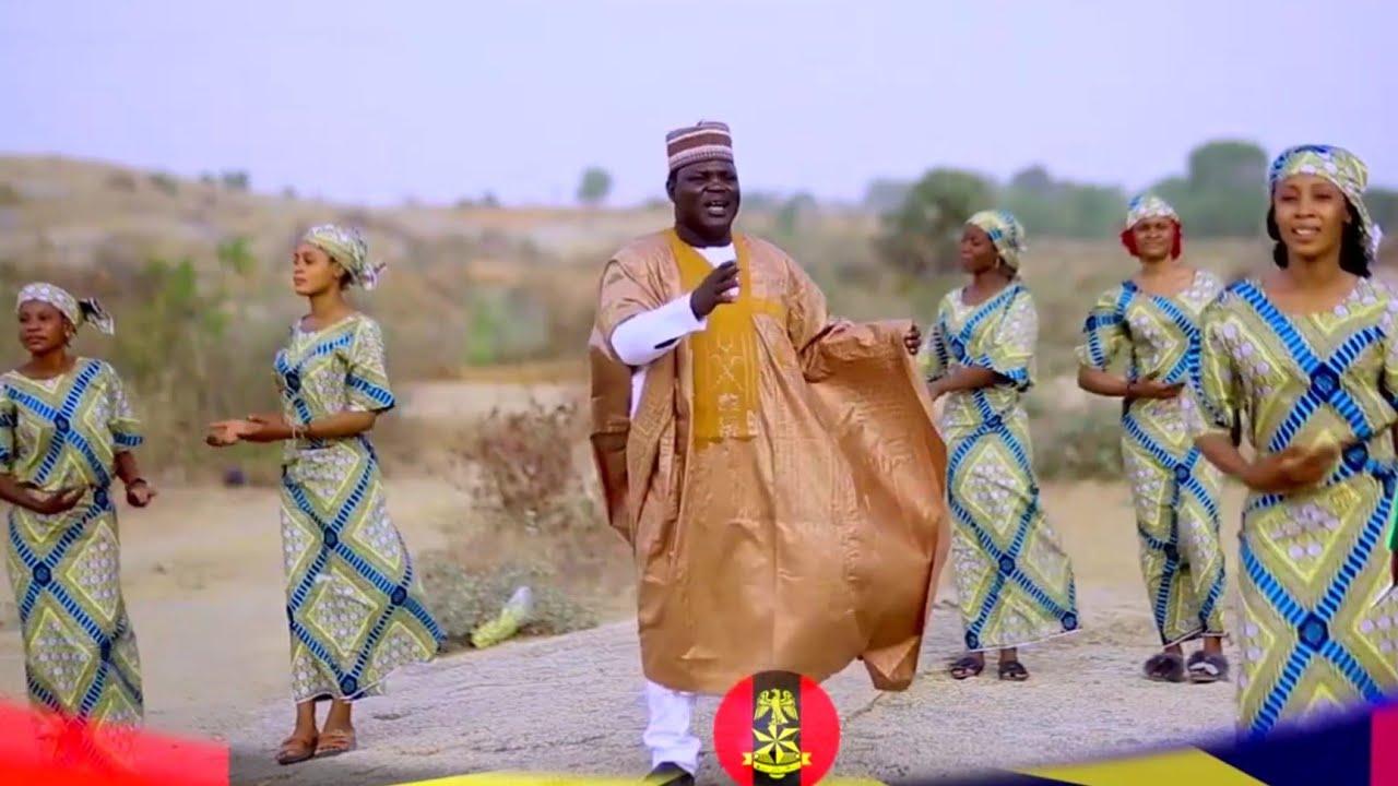 Download Sabuwar Waka (Soja Mazan Fama) Latest Hausa Song Original Video 2021# Kamilu Koko.