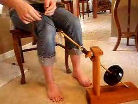 Mother Marion Spinning Wheel or Kick WheelSpindle Demo