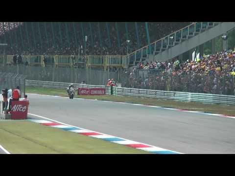 Valentino Rossi winning his 100th GP at the Dutch TT Assen