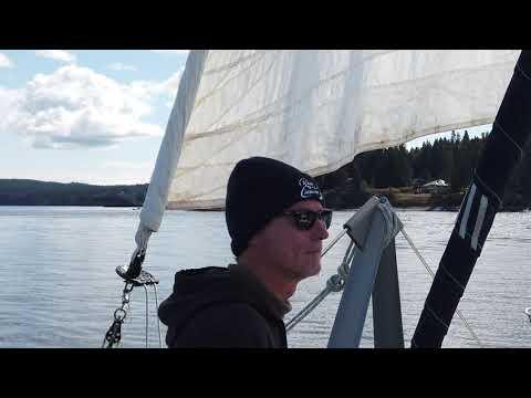 Sailing along the coast of Washington