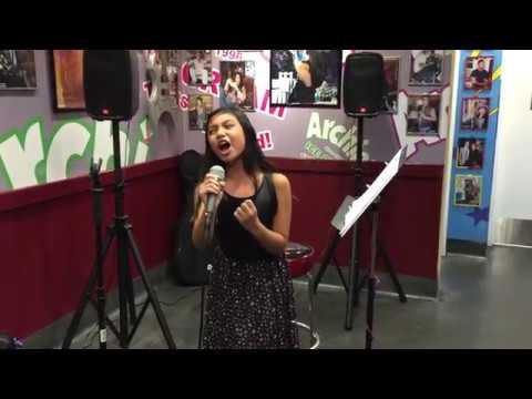 Cakep Nih Anak Suaranya :) Sydney Noelle Haik Live Performs Chandelier By Sia