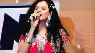 Palak muchhal live performance in Allen kota