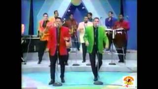 Los Hermanos Rosario - Morena Ven en Vivo 1993