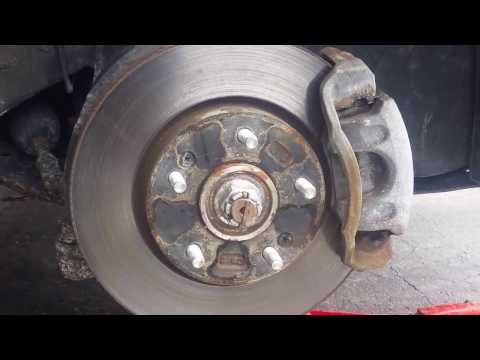How to change brake pads rotors in a 2011 Hyundai Tucson