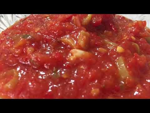 Помидоры на зиму. Острый томатный соус с перцем.