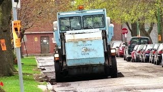 Chicago Dept. of Streets & Sanitation Elgin Pelican Street Sweeper [04.30.2014]