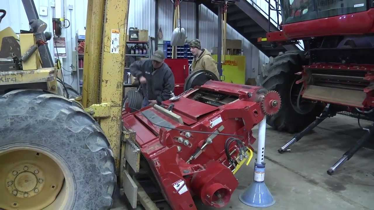 Wiring Diagram Case Ih 2366 Combine Electrical Diagrams International Installing The Feederhouse On A 7088 Youtube 2377