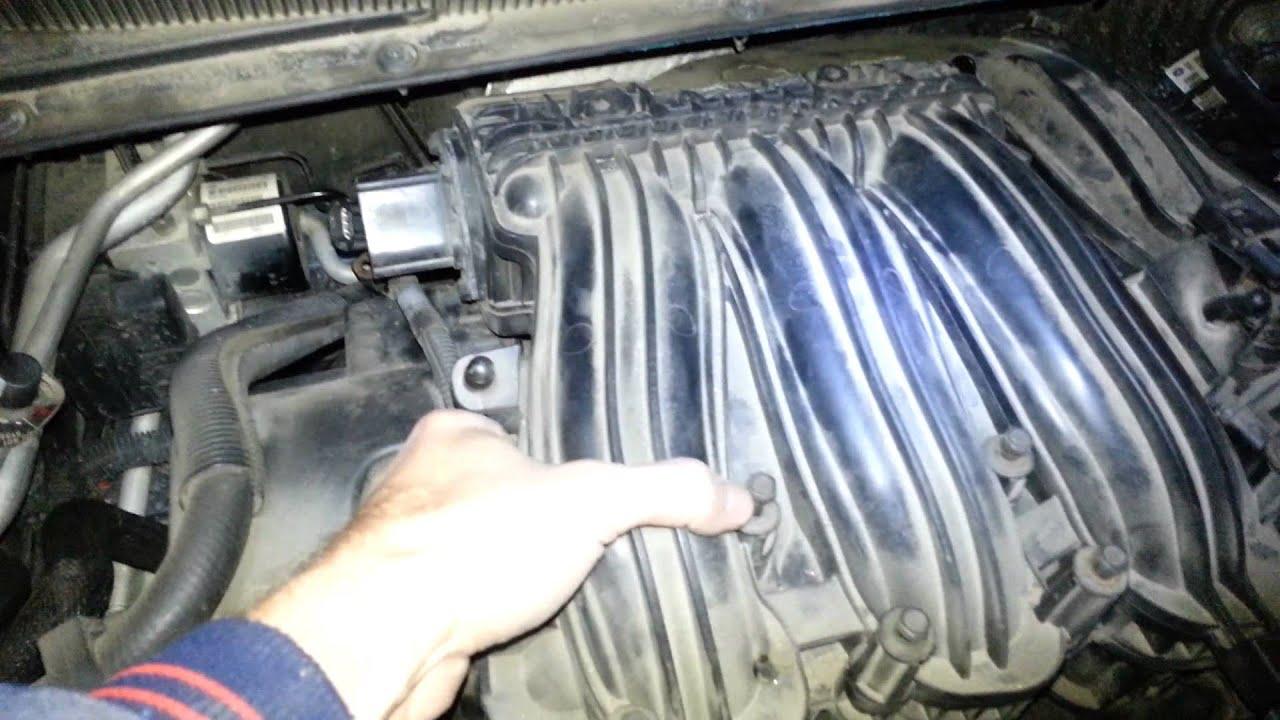 2007 chrysler sebring 2 7 v6 rear spark plugs youtube Dodge Intrepid 2 7 Manual 2007 chrysler sebring 2 7 v6 rear spark plugs 2001 Dodge Stratus Engine Starter