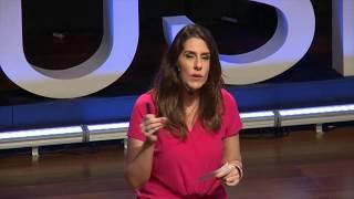 Como errar menos ao escolher uma carreira específica na adolescência | Sabine Righetti | TEDxUSP