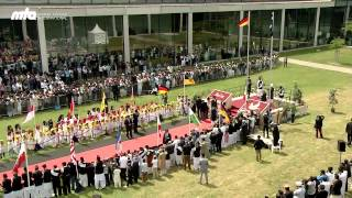 Jalsa Salana Germany 2013: Flag Hoisting with Hazrat Mirza Masroor Ahmad (Khalifa of Islam)