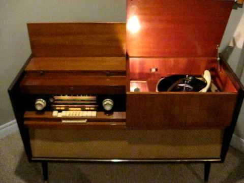 Grundig Majestic Console SO 132 (1959) Pink floyd - Another Brick ...