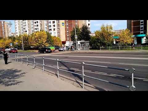 Город Зеленоград 18 район Крюково произошло ДТП женщина за рулём Toyota RAV4 сбила человека
