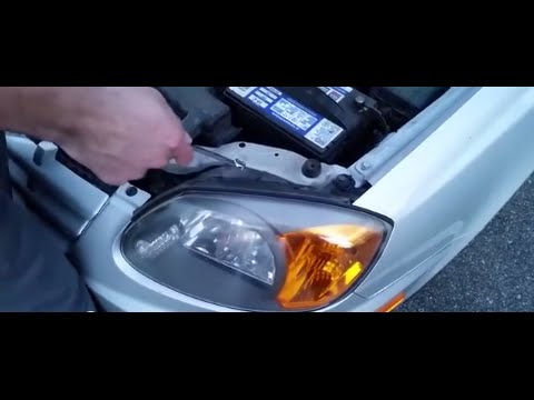 How To Replace A Headlight On Hyundai Accent 2005