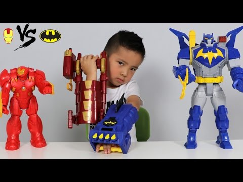 Видео, Batman Gauntlet Vs Iron Man Blaster Toys Unboxing With Ultimate Bat-Mech And Hulkbuster Ckn Toys