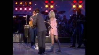 Dick Clark Interviews Amy Holland - American Bandstand 1983