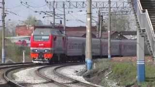 Электровоз ЭП2К-112 с поездом