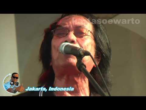 Ayah - Koes Plus (Kotatua, Jakarta Live 2012)