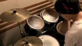 感覚ピエロ大好きなので、これから感覚ピエロの曲をドラムカバーしてい...