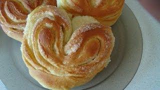 6. Сладкие булочки. Sweet buns(Сладкие булочки. Ингредиенты: 250 мл молока, 1 пакетик сухих дрожжей, 1 яйцо, 3 ст. л. сахара, щепотка соли, 6..., 2014-02-07T14:04:44.000Z)