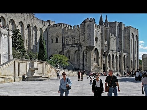 Travel France - Avignon & the Palais de Papes