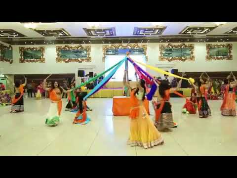 World Famous Gujarati Garba On Mithe Ras Se Bharyo Radha Rani Lage | Lord Krishna Bhajan
